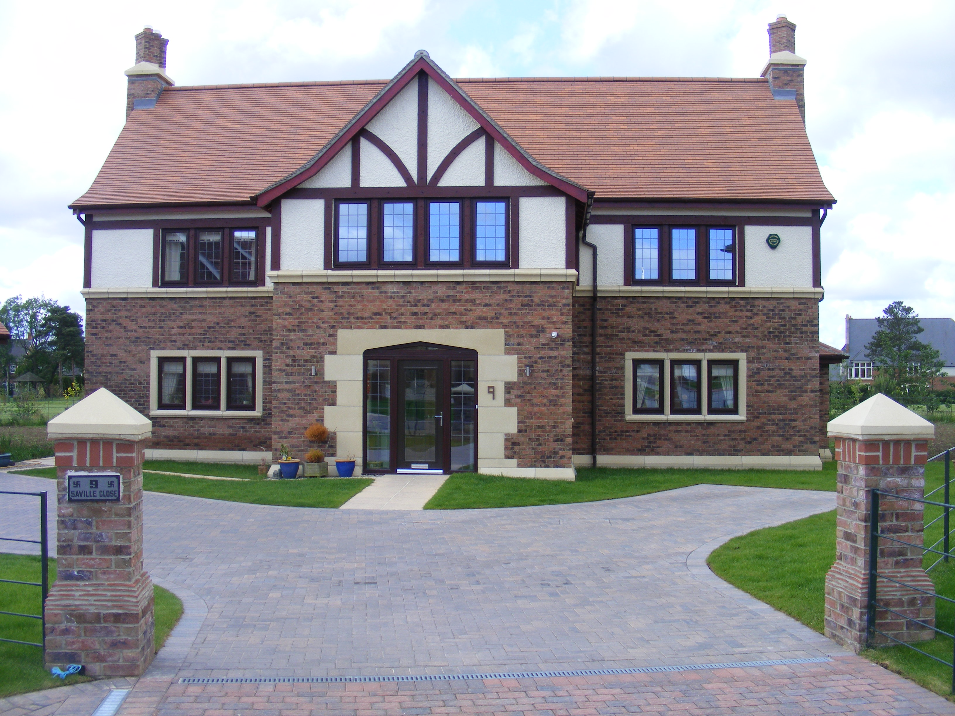 Luxury Housing | Con-Tech Services Limited